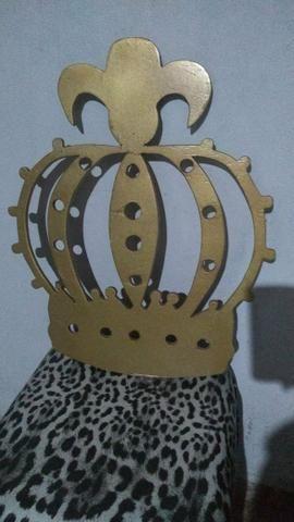 Coroa para decoração de aniversário