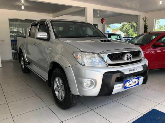 Toyota Hilux CD 4X4 SRV - Foto 2