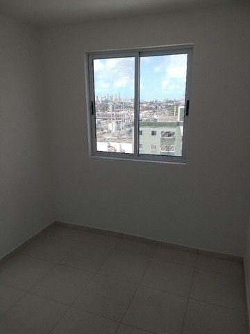 R-Lagoa do Araçá, apto. de três quartos com vista para a lagoa e terraço panorâmico - Foto 15