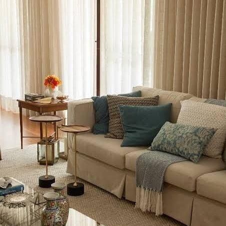 Sofa e Cortinas