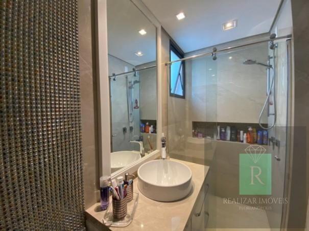 Ótimo apartamento com 03 dormitórios no bairro Balneário - Foto 3