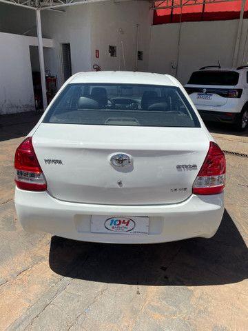Etios sedan  - Foto 7