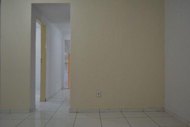 Casa confortável, 2 quartos, 1 suíte, outra residência no lote. Vl. Nova Canaã, Goiânia-GO - Foto 6