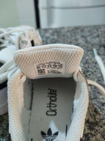 Tênis Adidas superstar - tamanho 21 - Foto 5