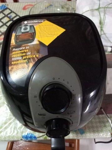 Fritadeira CookFryer Cadence seminova - Foto 4