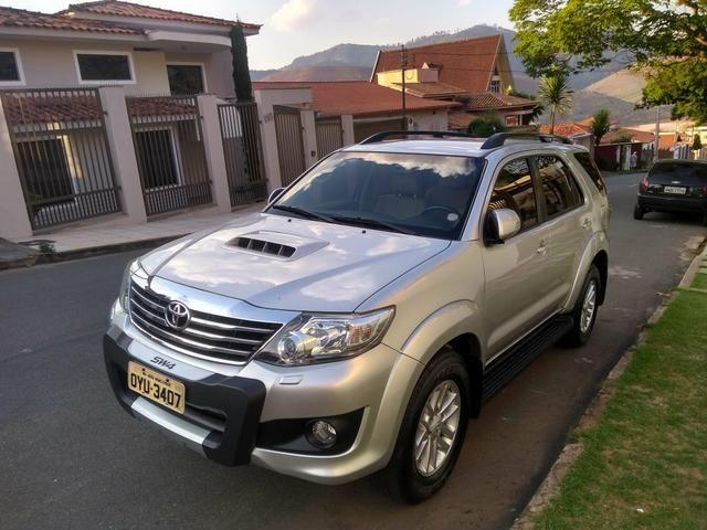 Toyota SW4 7lugares - Foto 2