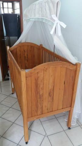 Berço estilo rústico em madeira nobre. Praticamente novo! - Foto 3