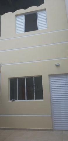 Aluga casa R$ 650,00 Parque continental 2 Guarulhos ( 2 cômodos grandes )