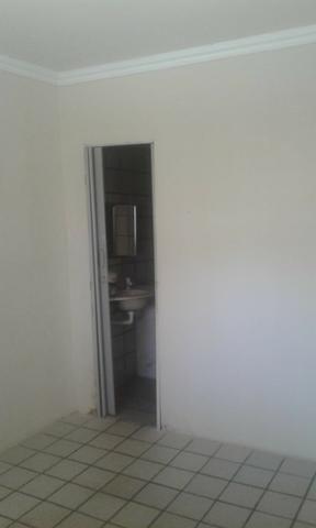 Casa na avenida - Foto 4