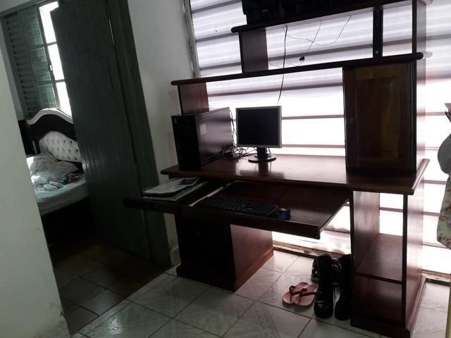 Vendo estante e mesa de computador são 2 e um - Foto 2