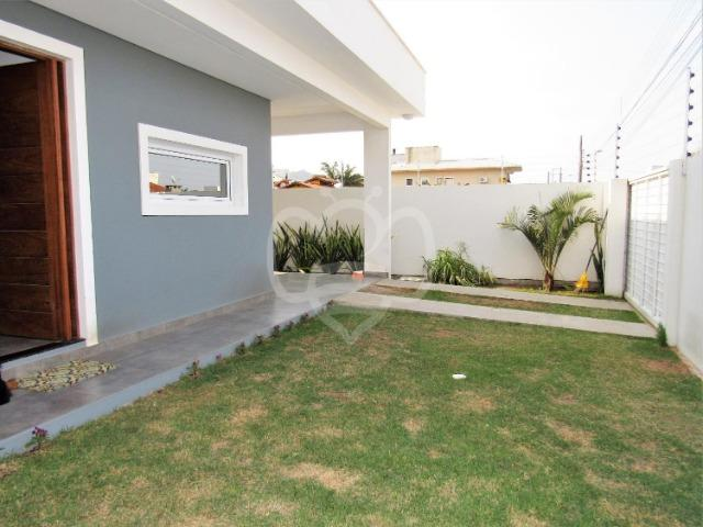 Casa 3 dormitórios individual no Bairro Campeche - Foto 2