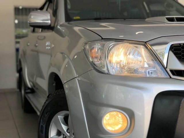 Toyota Hilux CD 4X4 SRV - Foto 14