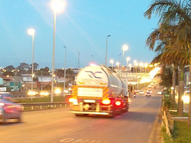 Lote comércial esquina ao lado do jd petrópolis rodovia dos romeiros saída para trindade - Foto 5