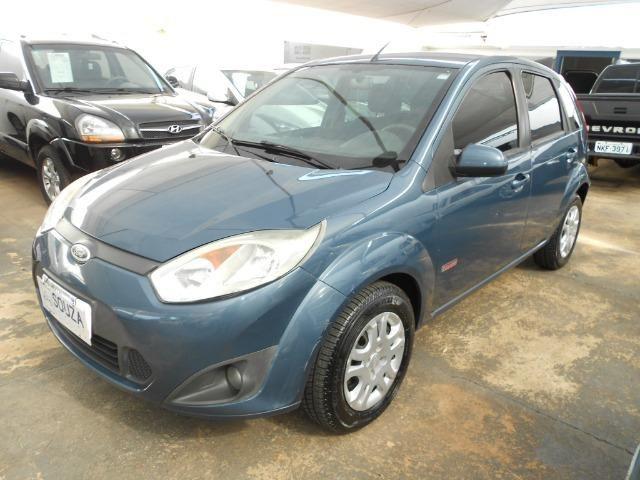 Ford fiesta hacth 1.6 flex 2012/2013 completo revisado lacrado ipva pago
