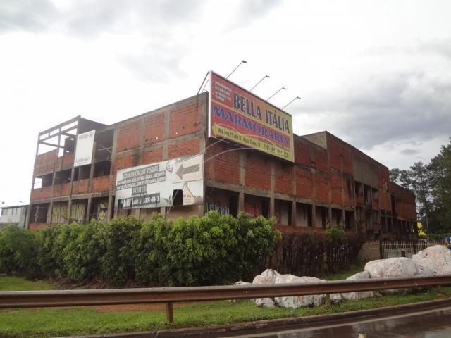 Prédio/construção na estrada park epnb