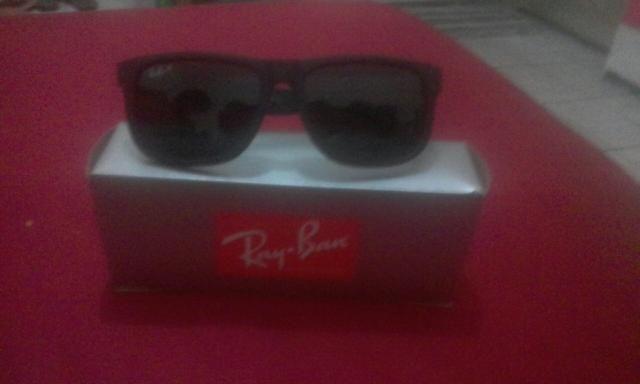19246008c265c Vendo óculos Ray ban usados só duas vezes original - Bijouterias ...