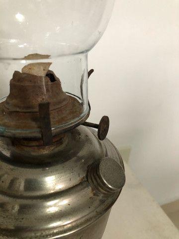 Antigo lampiao de metal a querosene  - Foto 6