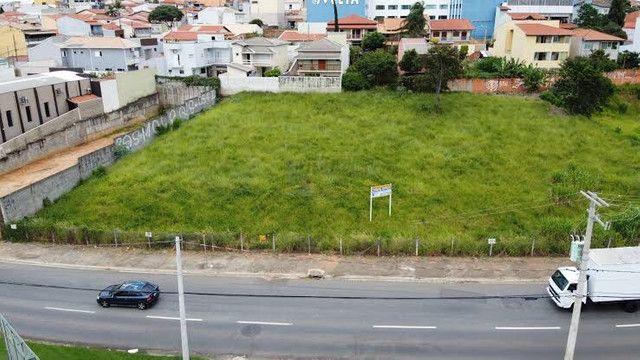 Aluguel de terreno comercial ótima localização