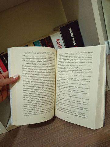 """Livro """"A Sombra do Vento"""" - Foto 3"""