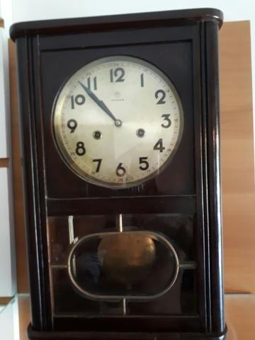 Relógio De Parede Junghans Alemão R$ 2.000