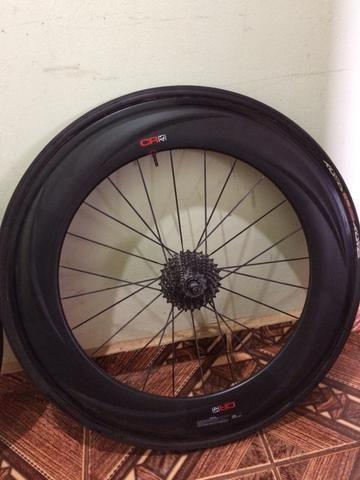 Roda de carbono pz 88 m
