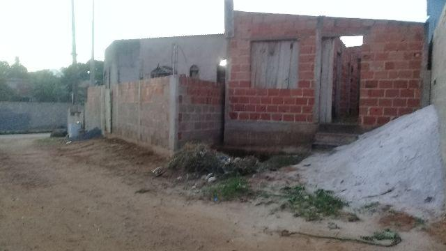 Casa em Construção Vend ou troca em casa em ilhéus