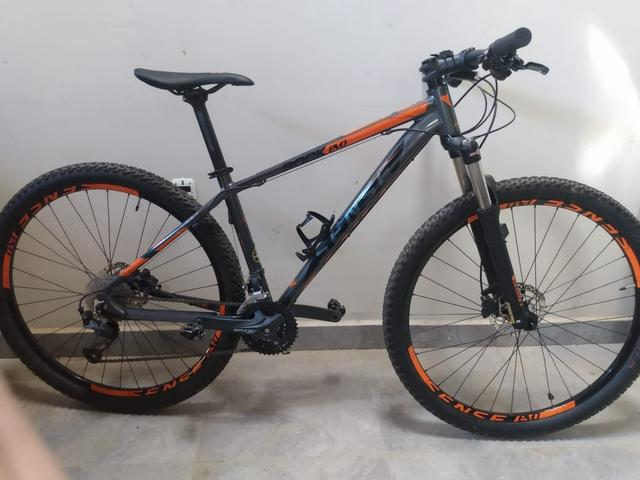 a8077e7c2 Bike aro 29 fibra de carbono - Ciclismo - Campos do Jordão