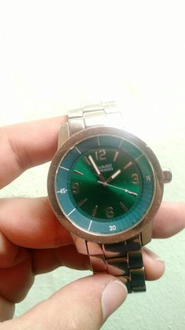 5f01f875b Relógio Chilli Beans Modelo Todo em Esmeralda Cor Masculino ...