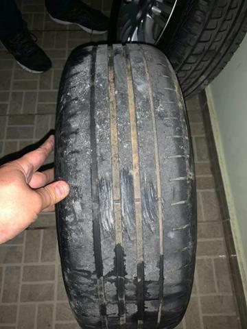 Vende se ou troca em 4 pneus 205/50/17 em bom estado