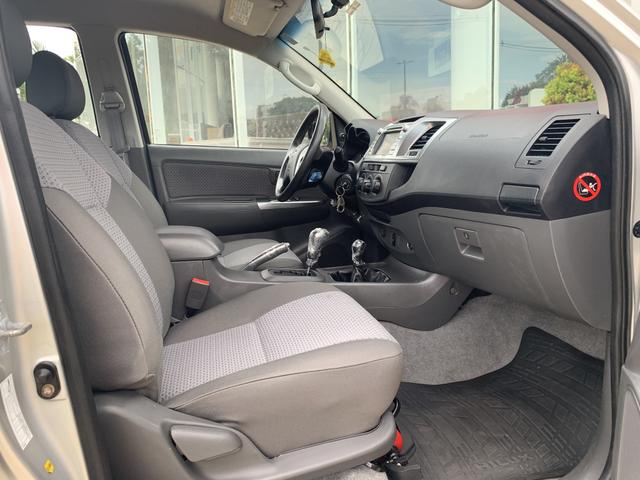 Toyota Hilux Cabine Dupla SR 4X4 3.0 (cab dupla) (aut) 2014/2015 - Diesel - Aro 16 - - Foto 10