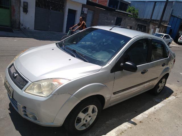 Ford Fiesta Sedan baixei pra vender - Foto 2