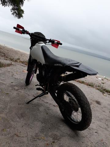 STX 200cc de Trilha