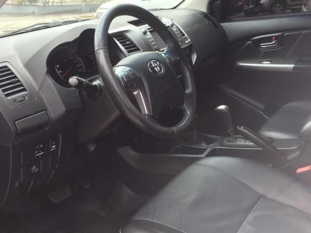 Hilux 3.0 SRV Top 4X4 Turbo Diesel Aut + Controle Estabilidade e Rodas 17 BF Goodrich - Foto 8