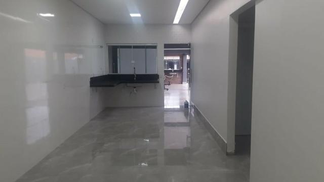 Moderna!! 04 suítes, lote de 500m², IPTU desmembrado - Foto 13