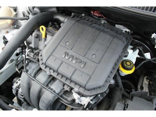 Volkswagen Fox Comfotline 1.0 - Foto 12