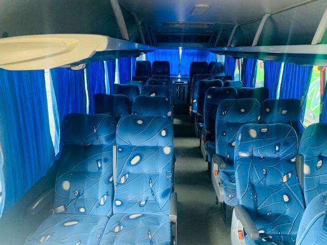 Micro ônibus top- pego 10 mil na mão para vender logo - Foto 2