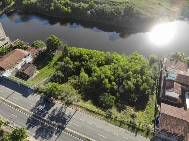 Terreno de 652,50m², de frente para Av: Meaipe e Fundos para a Lagoa, próximo da Praia de