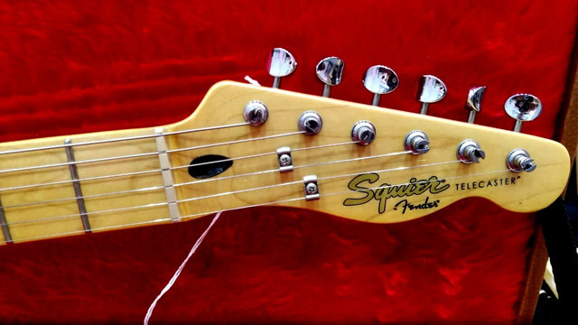 Guitarra Fender Squier Cabronita Custom Telecaster Bigsby No Precinho, de 5999 por 4999 - Foto 5