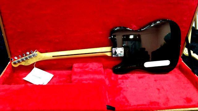 Guitarra Fender Squier Cabronita Custom Telecaster Bigsby No Precinho, de 5999 por 4999 - Foto 4
