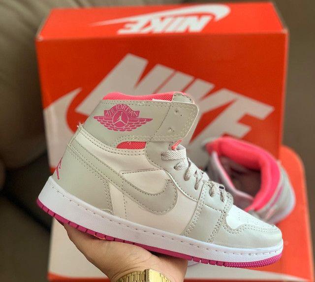 Bota Nike Air Jordan 1 - Foto 4