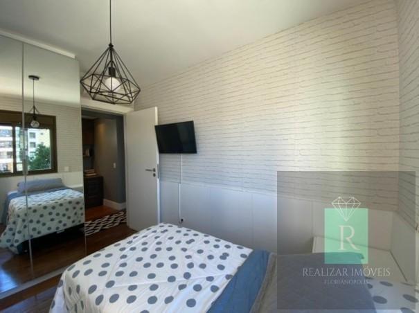 Ótimo apartamento com 03 dormitórios no bairro Balneário - Foto 19