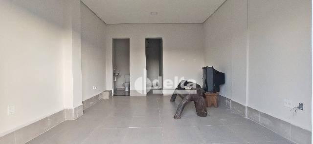 Loja para alugar, 25 m² por R$ 850,00 - Tibery - Uberlândia/MG - Foto 4