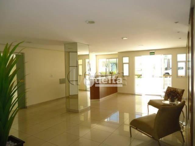 Apartamento com 4 dormitórios à venda, 167 m² por R$ 800.000,00 - Osvaldo Rezende - Uberlâ - Foto 17