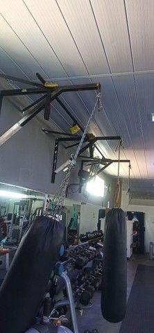 Suporte para saco de boxe e muay thai - Foto 2