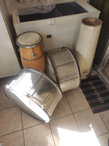 Lote com alguns instrumentos de percussão - Foto 2