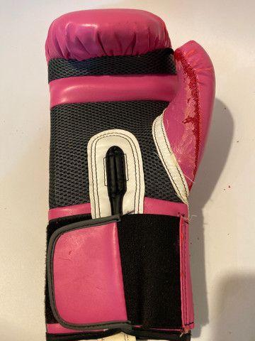 Kit Luva de boxe Everlast + bandagem Pretorian rosa - Foto 6