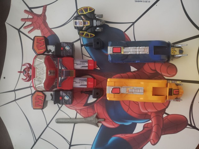 Megazord dos Power Rangers Bandai dos anos 90 - Foto 3
