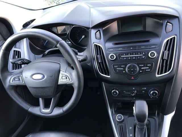 Ford Focus Sedam Power Shifit 2016 - Foto 16