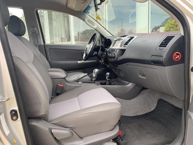 Toyota Hilux Cabine Dupla SR 4X4 3.0 (cab dupla) (aut) 2014/2015 - Diesel - Aro 16 - - Foto 14