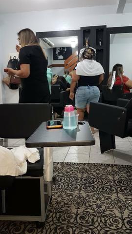 Procuramos cabeleireira profissional - Foto 3